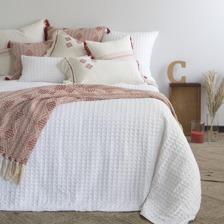 Colcha para cama 150 nido de abeja blanca for Colcha blanca cama 150